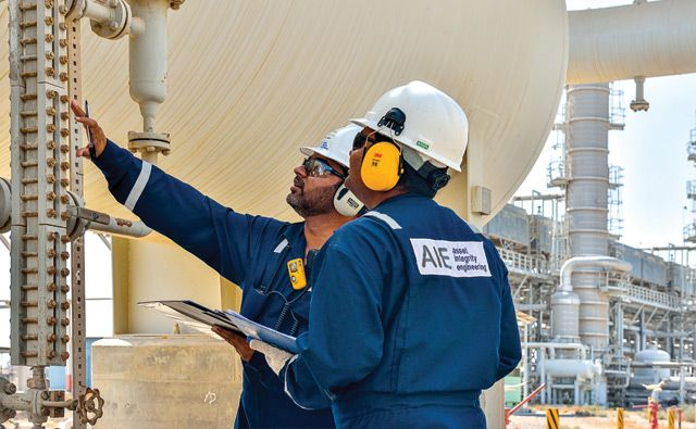 Oil and gas maintenance system build